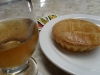Tortinha de Frango com Requeijão e Guaraná